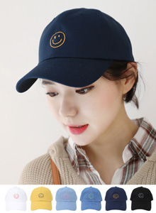 66GIRLSSmiley Face Embroidered Cap