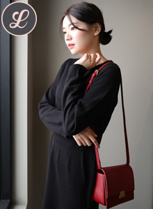 66GIRLSSolid Tone Slim Fit Knit Dress
