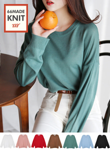 66GIRLSRound Neck Loose Fit Knit Top