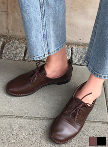Round Toe Lace-Up Shoes