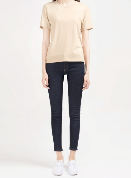 365BASICJewel Neck T-Shirt