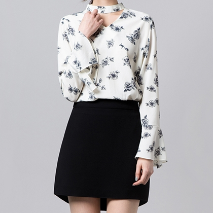 BAUHAUSFloral Choker Blouse