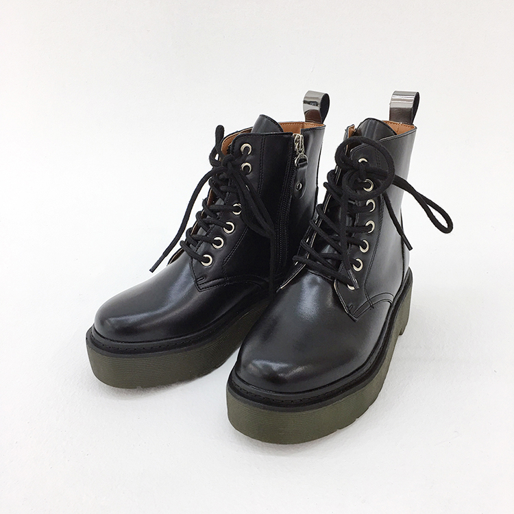 Thick-Soled Black Combat Boots