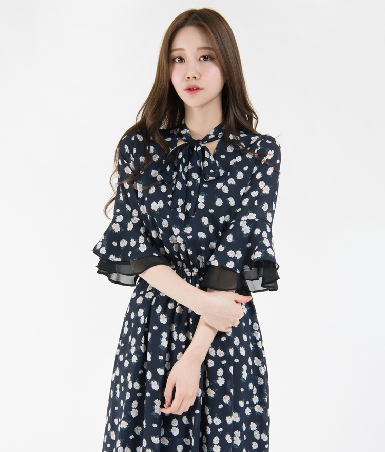Floral Layered Flounce Sleeve Dress