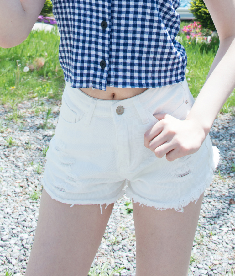 Ivory Damaged Shorts