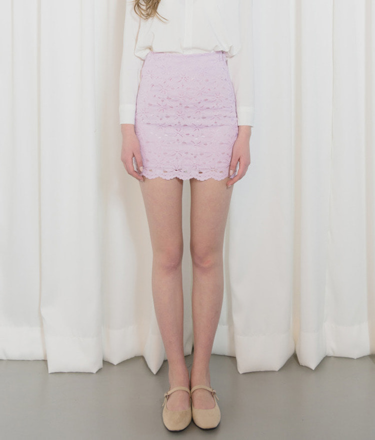 ROMANTIC MUSELace Mini Skirt
