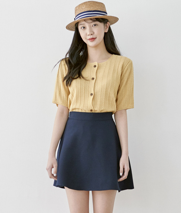 ROMANTIC MUSEButton-Up Half Sleeve Knit Top