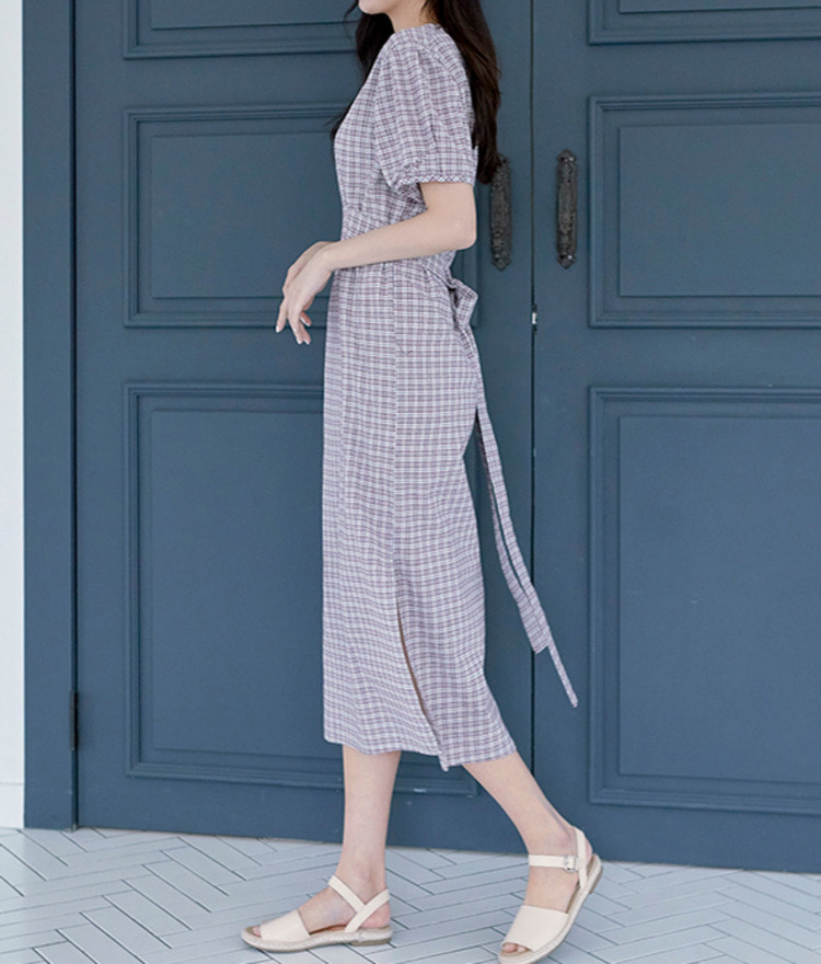 ROMANTIC MUSEMidi Check Dress