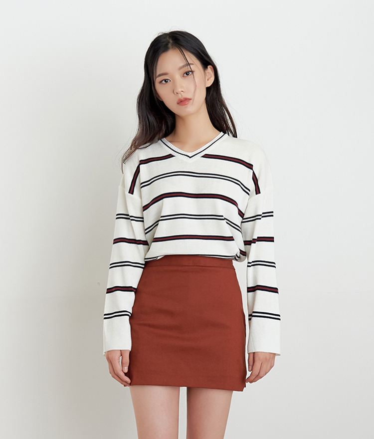 ESSAYV-Neck Stripe Knit Top