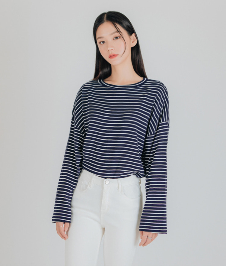 ESSAYRound Neck Stripe T-Shirt
