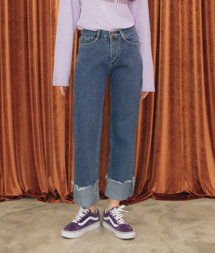 QUIETLABCuffed Straight Cut Jeans