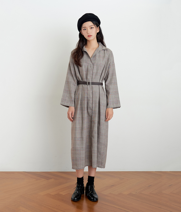 ESSAYLong Sleeve Check Dress