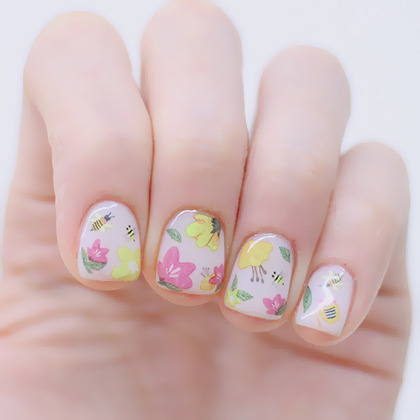 KUMA NAILUniqueハニービー