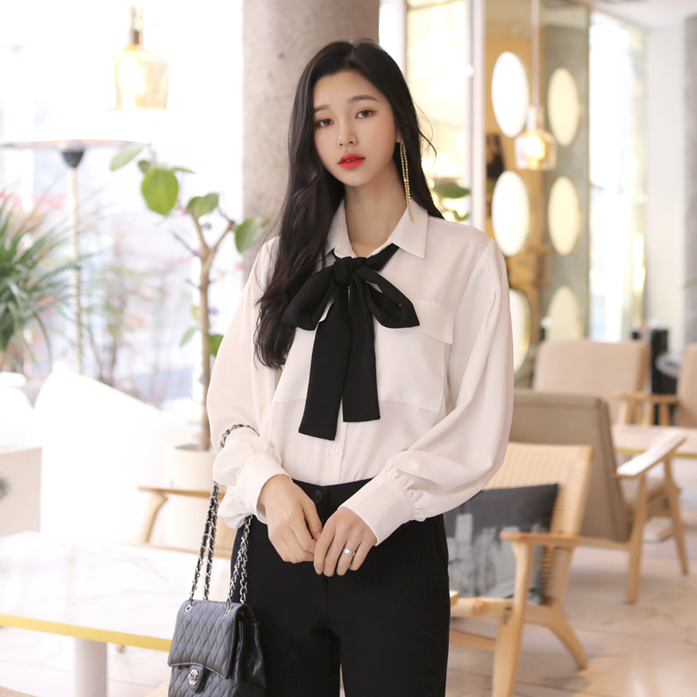 Withipun Ribbon Tie Chest Pocket Blouse