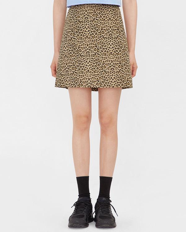 classy leopard mini skirt (s, m)