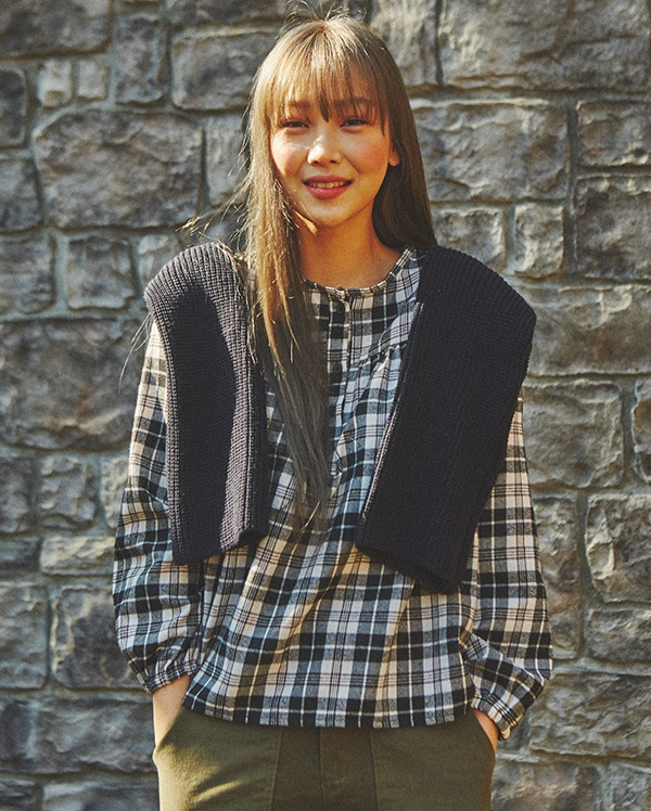 cutie check blouse