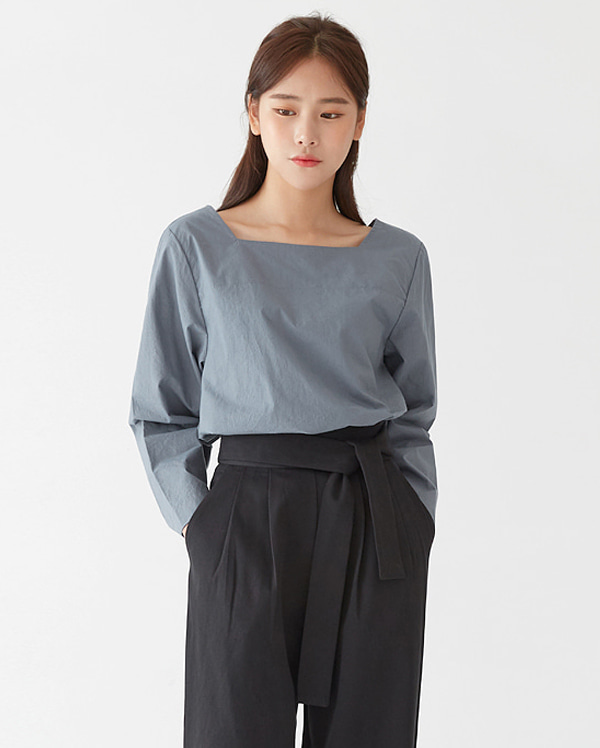 a sonic square blouse