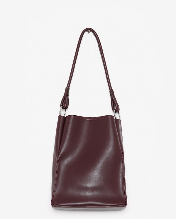 ringer square shoulder bag