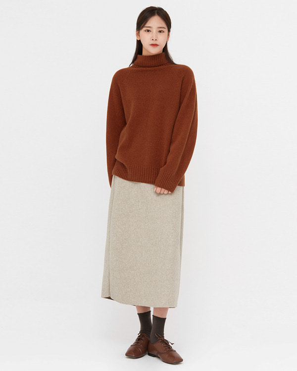 whole wool turtleneck knit