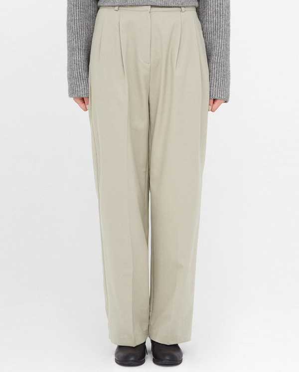 tend like wide long slacks (s, m)