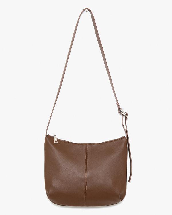 mond round shoulder bag