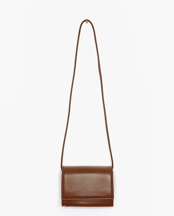 moa square shoulder bag