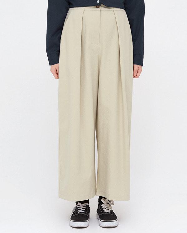 cale pintuck banding pants