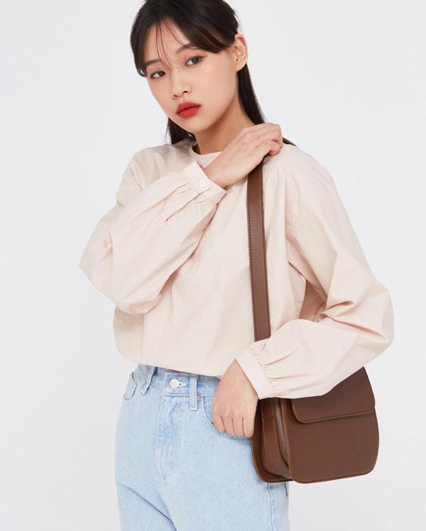 easy round neck blouse