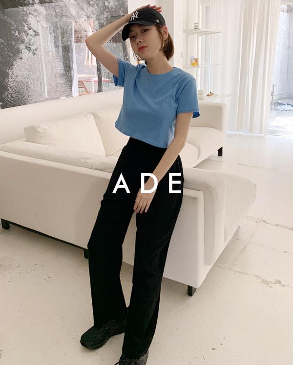 ade crop T