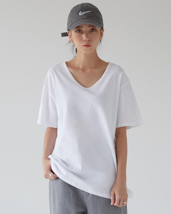 basic cotton u-neck T