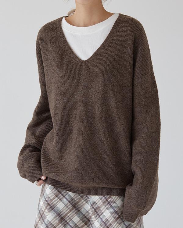 marine wool v-neck knit