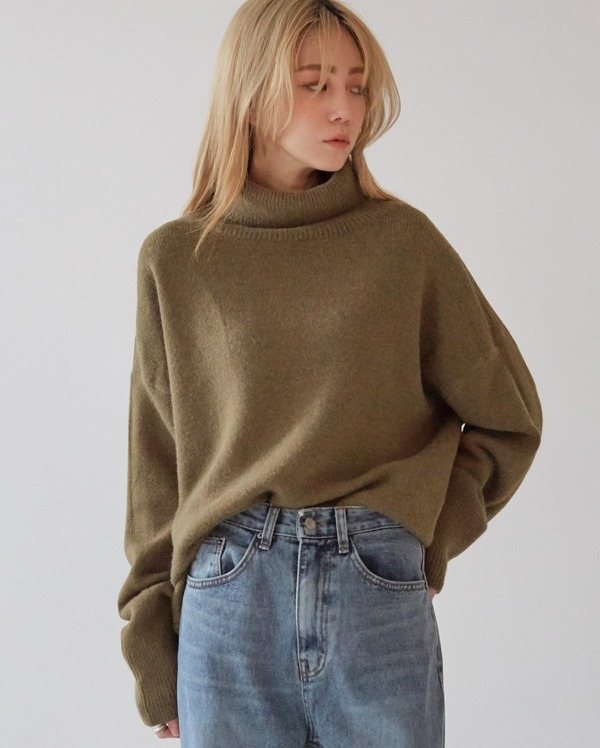 paley basic soft turtle neck knit