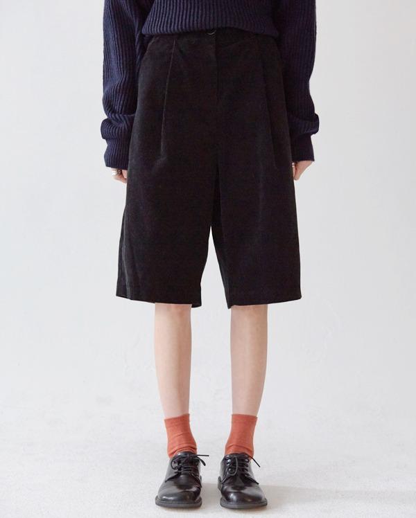 cornell corduroy half pants