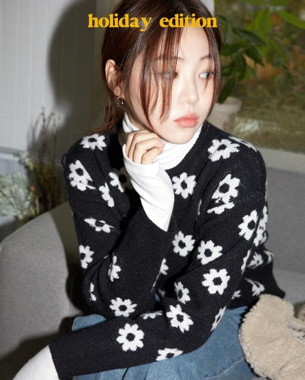 flower pattern round crop knit