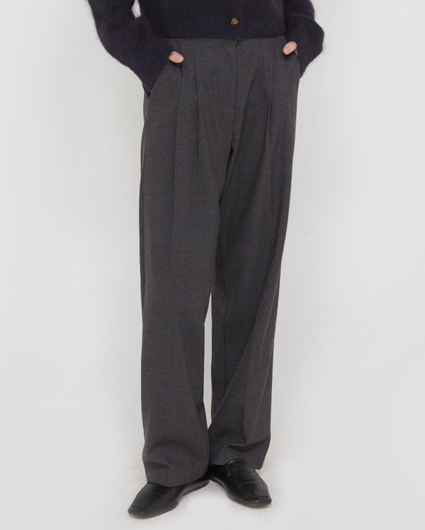 your wide napping slacks (s, m)