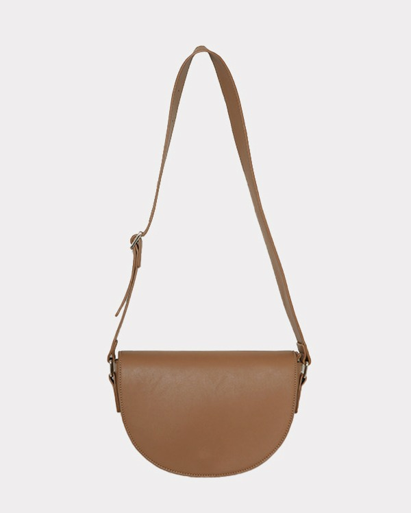 clean half moon cross bag