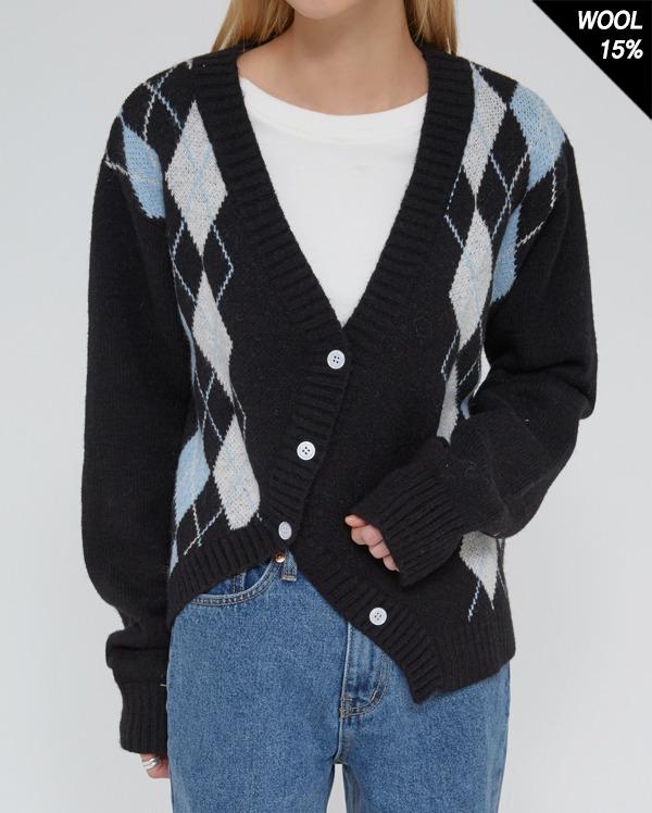 non argyle diagonal cardigan