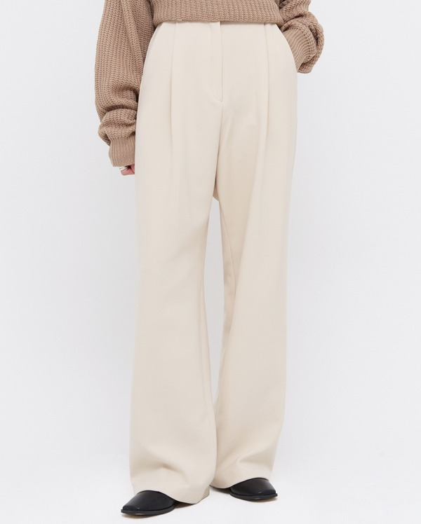your wide napping slacks (s, m, l)