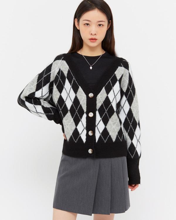 fold hip argyle cardigan