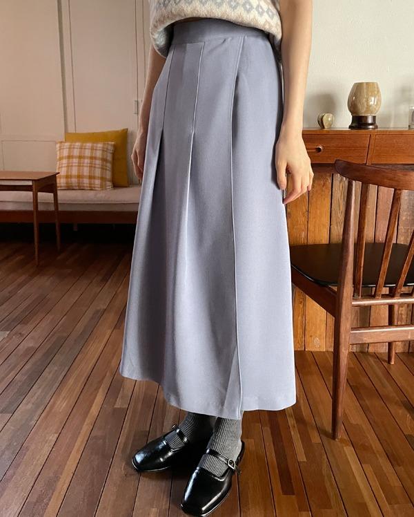 clean pleats long skirt