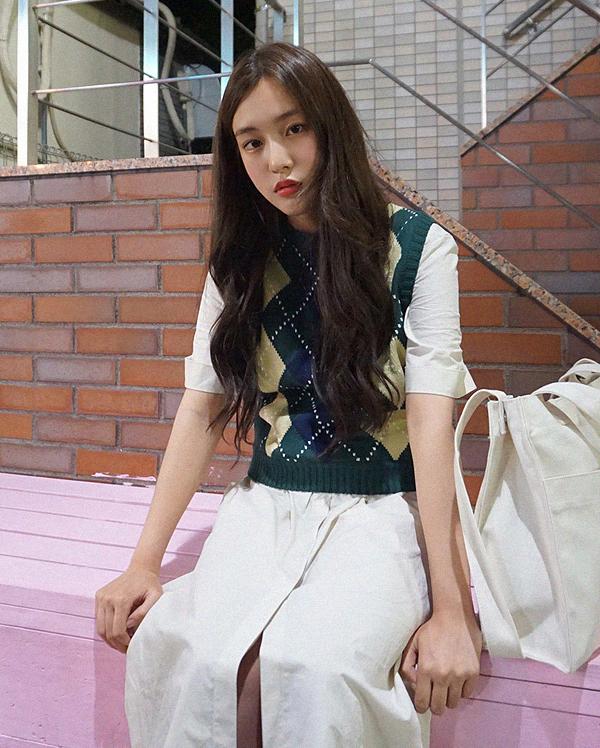 argyle pattern knit sleeveless