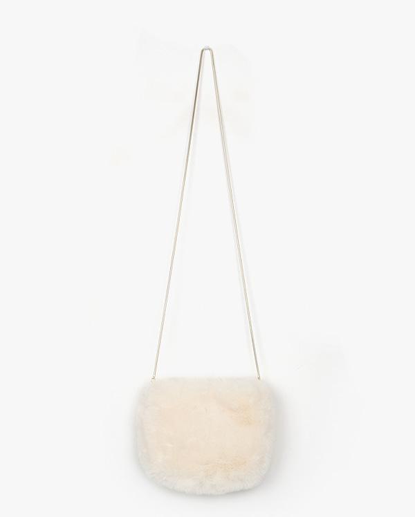 cloud fur shoulder bag