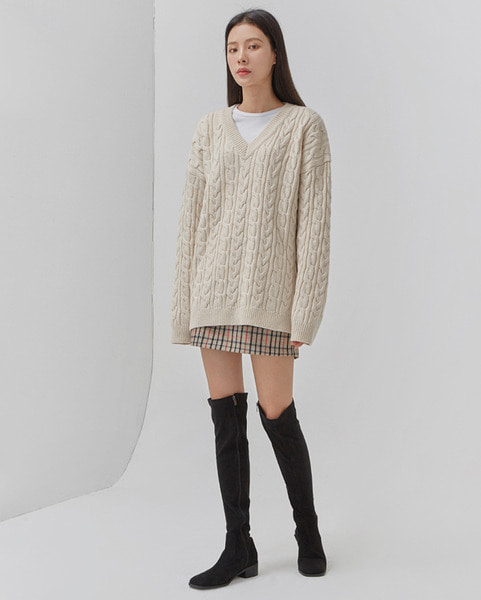 thick twist v-neck wool knit