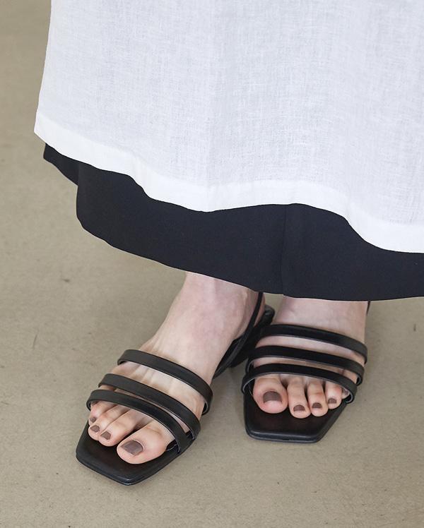 three line strap sandal (230-250)