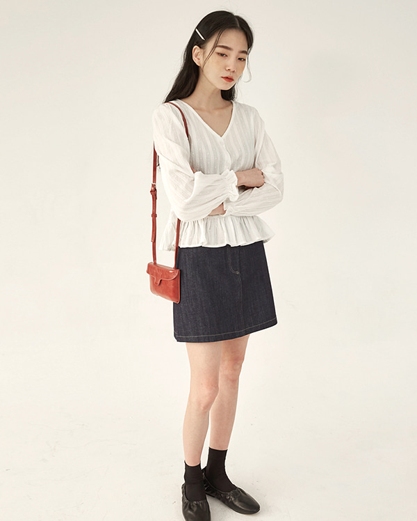 mac short denim skirt (s, m)
