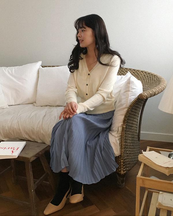 minimal sleeveless set cardigan