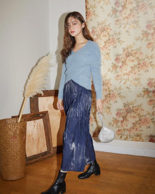 shiny pleats long skirt