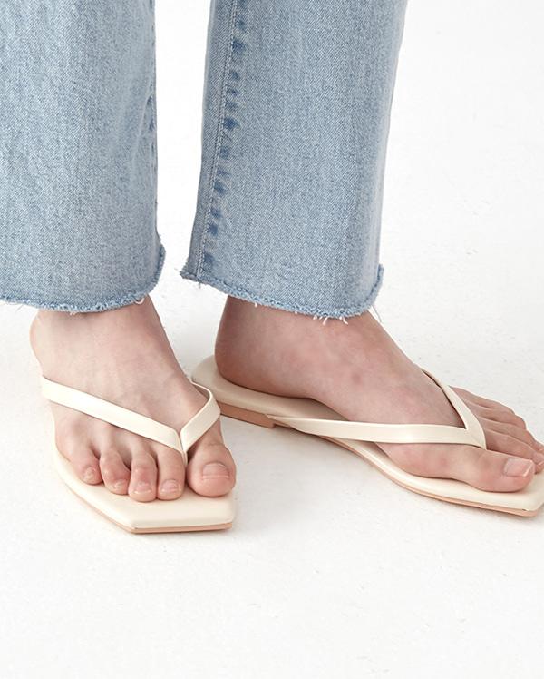 unique diagonal  flip flop (230-250)