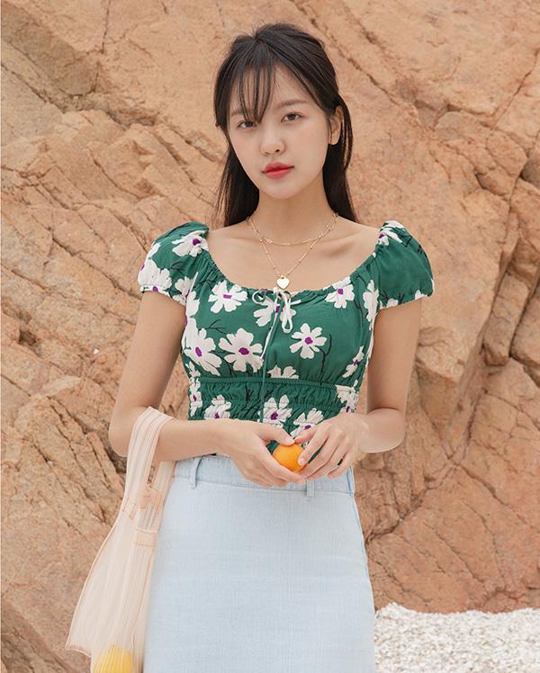 ribbon flower crop blouse