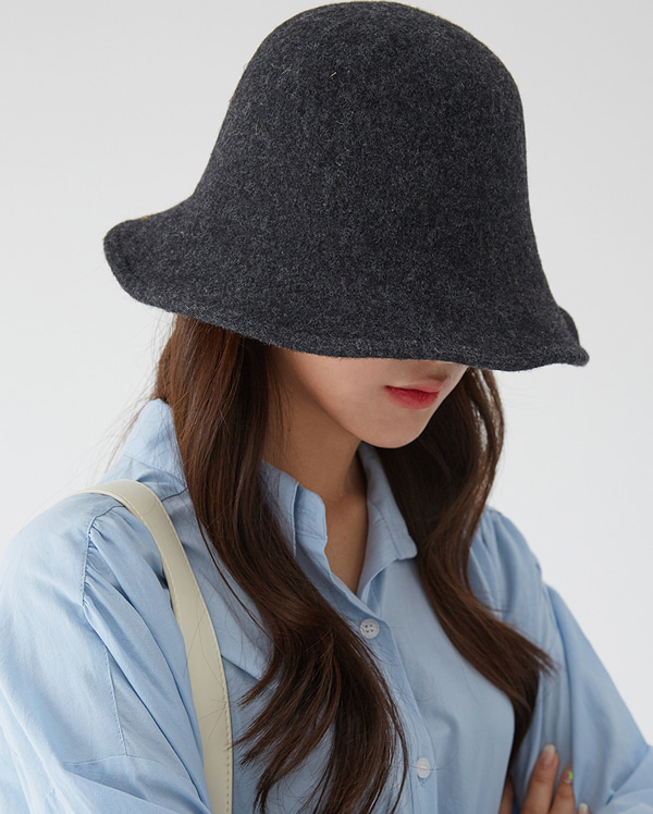 graceful wool hat